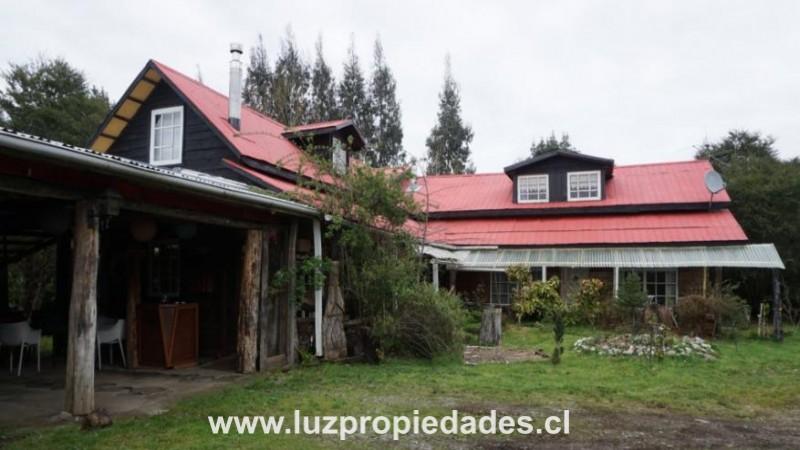 Condominio  Los Robles, Parcela 11, Senda Central, La Vara - Luz Propiedades