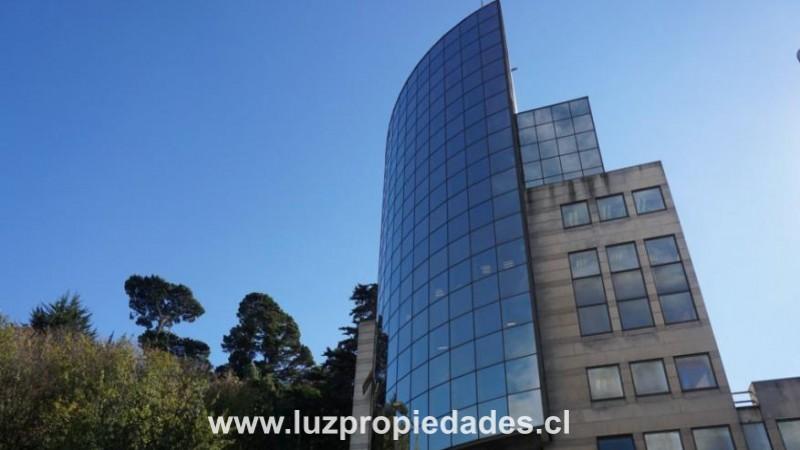 Edificio Campanario, oficina 305 - Luz Propiedades