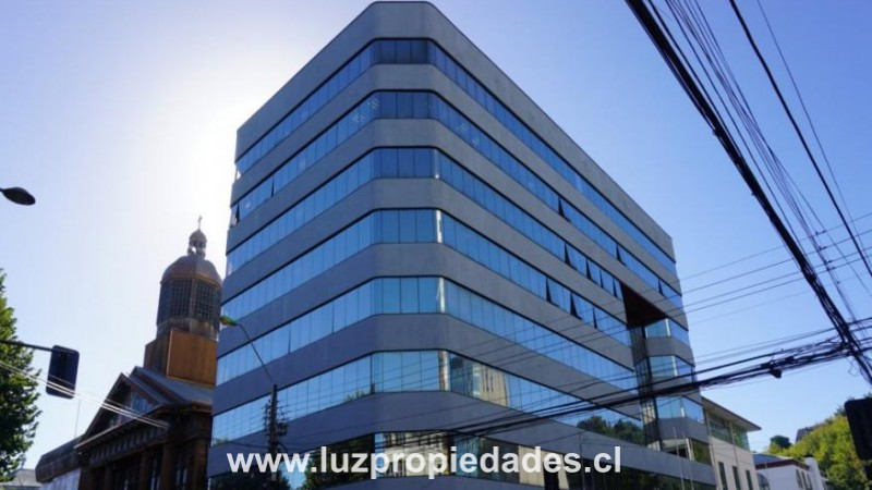 Edificio Plaza, O´higgins  N° 167, Of. 805 - Luz Propiedades