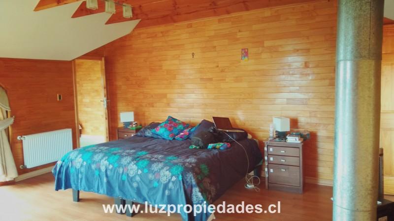 Los Pirineos Sitio N° 3, Pelluco  - Luz Propiedades